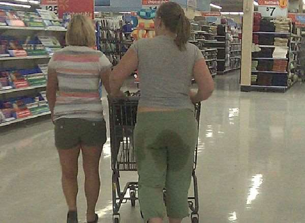 people-of-walmart-gravy-pants