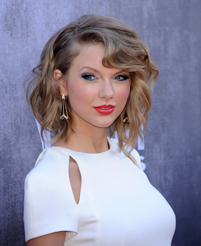 Singer Taylor Swift during the 49th annual Academy of Country Music (ACM ) Awards on Sunday, April 6, 2014, in Las Vegas