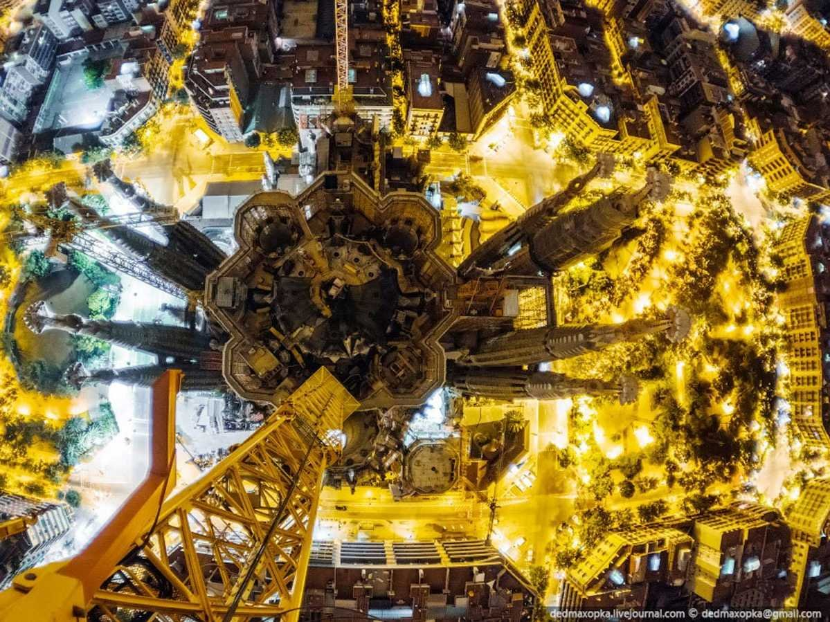 the-photographers-climbed-the-nearby-crane-and-used-scaffolding-to-get-to-about-50-meters-164-feet-above-the-building-itself-they-were-able-to-capture-stunning-views-of-the-structure-at-angles-n
