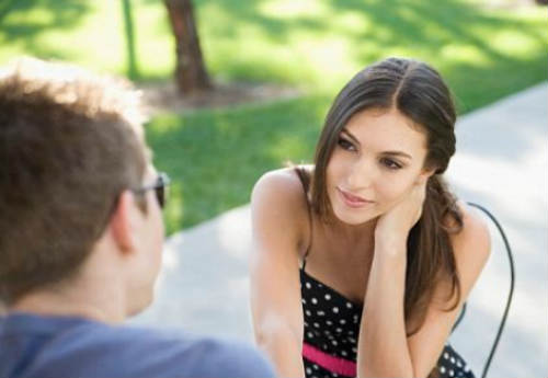 12 Signs that reveal the love of a woman