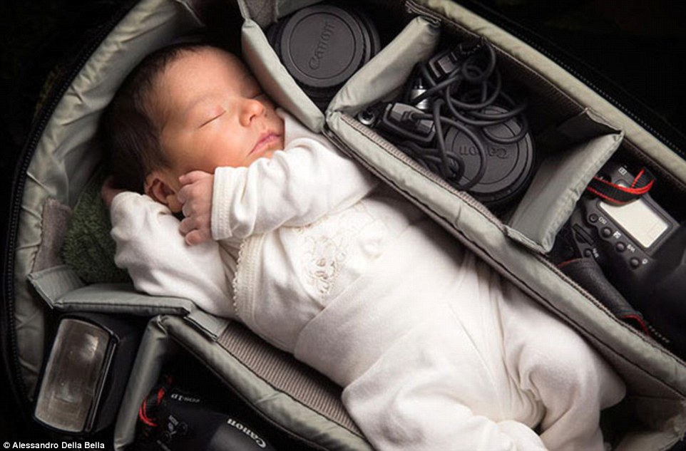 2B12BC4D00000578-3186057-Sweet_dreams_this_baby_couldn_t_look_more_peaceful_as_it_snuggle-m-238_1438805352156