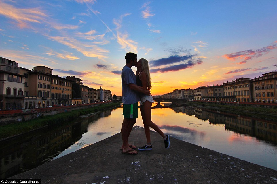 2BEFE5AD00000578-3214419-The_adventurous_duo_run_a_travel_blog_Couples_Coordinates_updati-a-6_1441365214241