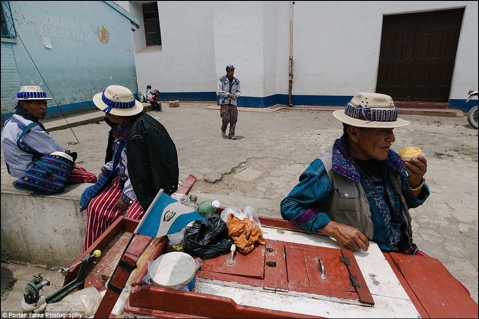 2D04BB3B00000578-3257757-Men_gather_in_a_small_square_in_the_village_of_Todos_Santos_Guat-a-94_1443800106931