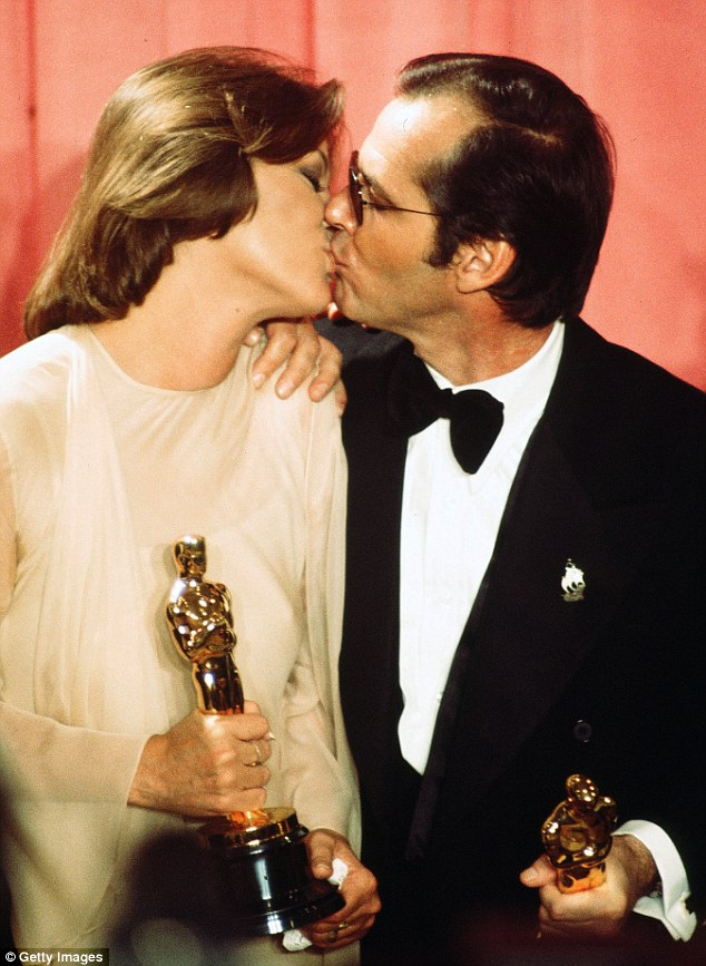 3101E34E00000578-3437766-Jack_Nicholson_and_Louise_Fletcher_became_the_talking_point_at_t-a-67_1455293396427